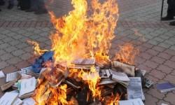 BurningBooks2